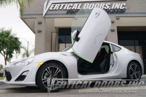 Scion FRS 2013-2013 Vertical Doors, Inc. Lambo Doors
